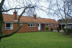 Vicarage Lane, Wootton