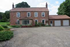 Swallow Road, Thornganby, DN37